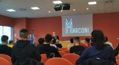 Riapre L'aula Magna del Marconi! Gli studenti incontrano A.N.M.I.